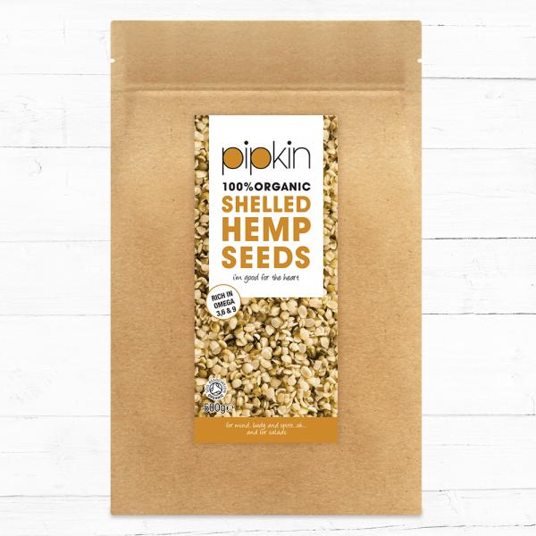 Organic shelled hemp seeds front